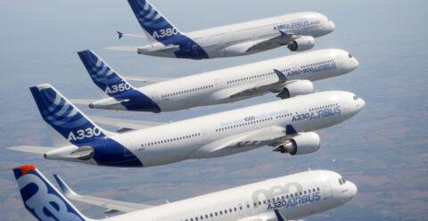 4 Airbus aeroplanes